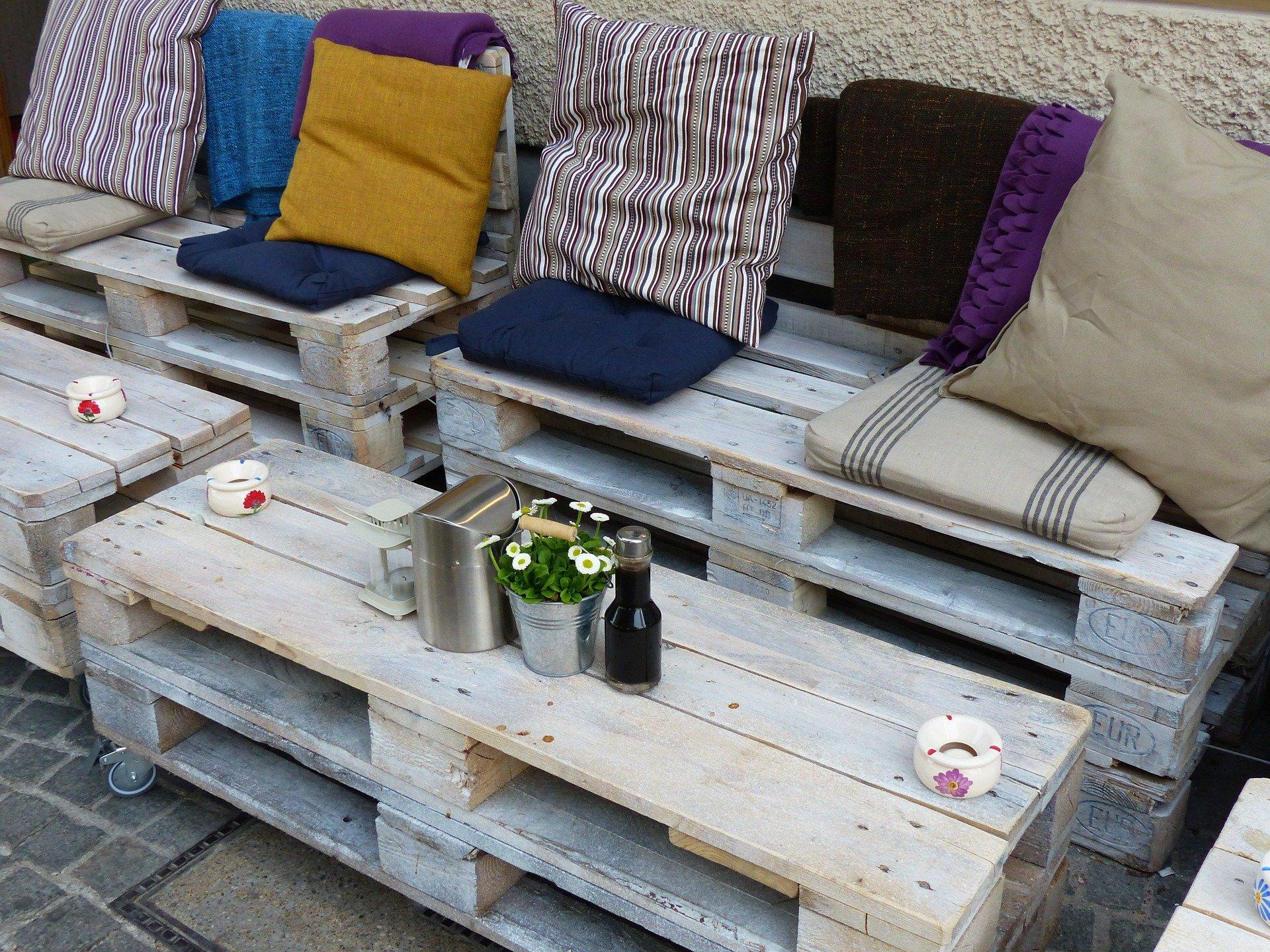 Brits turning to pallet furniture…